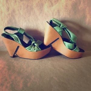 ROBERT CLERGERIE Green Leather Platform Sandals 8